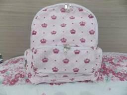 Vendo mochila e bolsas em geral
