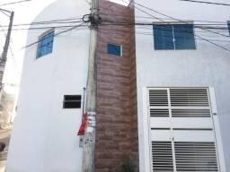 Casa em Ipatinga, 2 quartos, 88 m², piso porcelanato retificado/polido