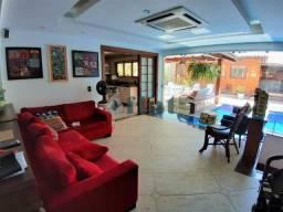 Casa de condomínio à venda com 5 dormitórios cod:FLCN50018