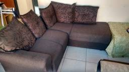 Vendo sofa semi novo 8meses de uso,R$650,00 avista.nao entrego tel: * vivo