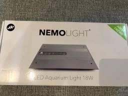 Luminária Nemo Light 18 Watts Para Aquario De Agua Doce Plantado