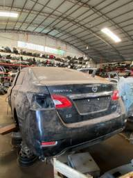 Sucata para retirada de peças/ Nissan Sentra 2015.