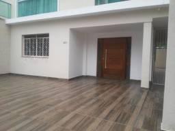 Oportunidade de casa residencial ou comercial para locação no bairro Jardim Jalisco!