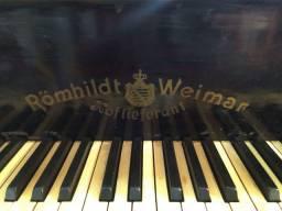 Piano meia cauda Romhildt Weimar