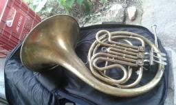 Vendo Trompa em fá italiana ou troco por Trombone de pisto