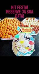Kit festa personalizado= salgados+ bolos+ docinhos