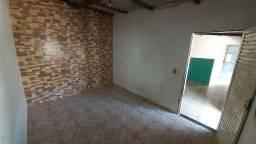 Aluga-se casa Planaltina-DF bairro araponga