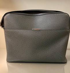 Messenger Louis Vuitton - excelente estado NOVA
