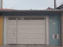 Vende-se ótima casa no bairro São Roque em Lorena-SP