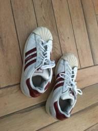 Tênis Adidas couro legimo e  Original 35