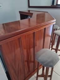 Bar de madeira para decoração