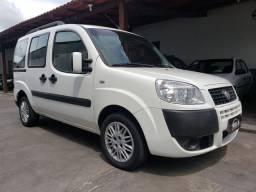 Fiat Doblo 7 Lugares 1.8 Essence com 42 mil km rodados vendo troco e financio R$ 59.900,00