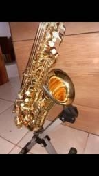 Título do anúncio: Saxofone novíssimo Itajai