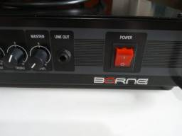 Cabeçote Borne Pro 300  200W  110V c/ directbox ( Usado ).