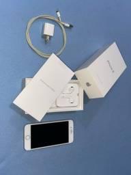 iPhone 8 Silver (64Gb)
