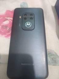 Motorola one Zon