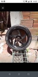 Vendo roda traseira de titan e fan 150cc