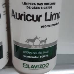 Auricur Limp= solução indicada para alimpeza das orelhas de cães e gatos.