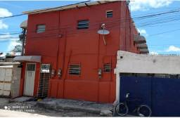 Casa na Av. Olinda com 7 Cômodos P/Comercio