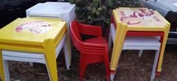 mesas e cadeiras *Tenho 10 conjuntos completos + 7 mesas *junto ou separadas