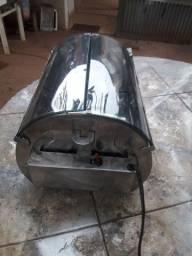 Churrasqueira a gás elétrico cabe dois espeto 110 a voltagem para rodar o espeto
