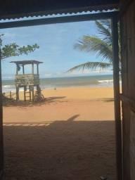 Kitnet na beira da praia a venda