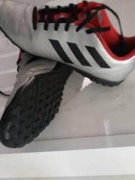 Tênis de futebol