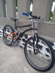Bike conservada pronto pra uso!
