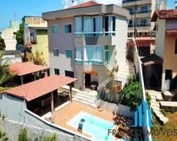 Casa tríplex com 4 quartos a venda,520m² por 2.300.00 em Muquiçaba - Guarapari