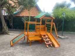 Playground A pronta entrega Aldeota pic nic de madeira tratado e cedro R$2.150
