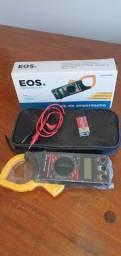 Alicate Amperímetro Multímetro Digital Profissional EOS<br><br>