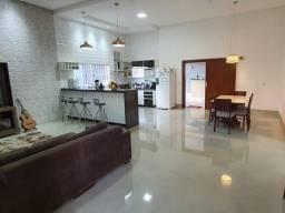 Excelente casa c/ 3 quartos à venda no Setor Andreia - GO