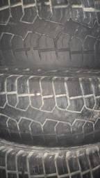 4 pneus Pirelli Scorpion 15/65/205