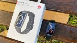 Nova Huawei Band 6 R$ 370,00 (Película grátis)