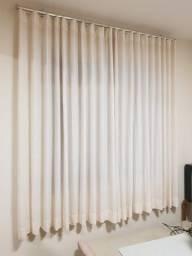 Título do anúncio: Linda cortina com suporte de teto- Cortina na sala