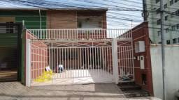 Portão de ferro basculante e social separado