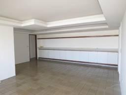 TOR - Apartamento 4 quartos, sendo 1 suíte, 180m², nos Afltos