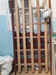 Vendo uma cama soterão