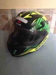 Vendo capacete Zeus número 60 , novo , viseira transparente