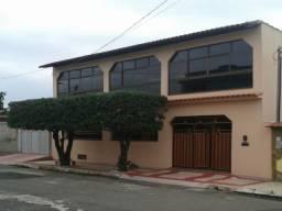 Casa Duplex em Vila Velha! Com 5 Qts, 1 Suíte, 4 Vgs 437m².