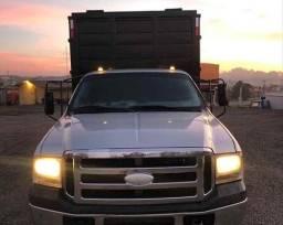 Caminhão F4000 Ford - 10/10