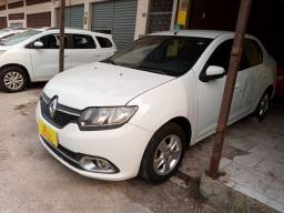 Renault Logan expression 1.6 completao novíssimo com GNV único dono