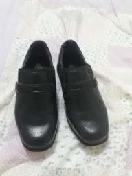 Sapato infantil social semi novo