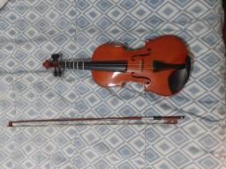 Violino pouco usado ( nao sei a marca)