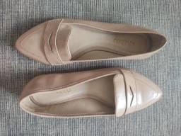 Vendo Sapatos Tamanho 35 (Preços na descrição)