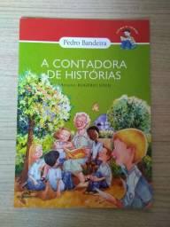 Livro.  A contadora de histórias