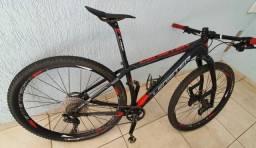 Bike Carbono com suspensão Lauf / Analiso troca com volta