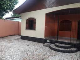 Alugo casa em Santana