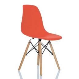 Cadeira Charles Eames Salmão