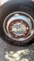 Roda 6 furos com pneu